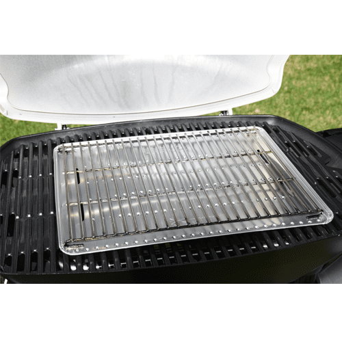 Weber Family Q Roasting Pack tray and trivet