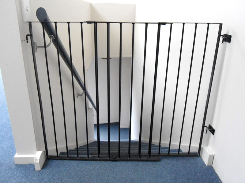 Delicieux Adjustable Stair Guard